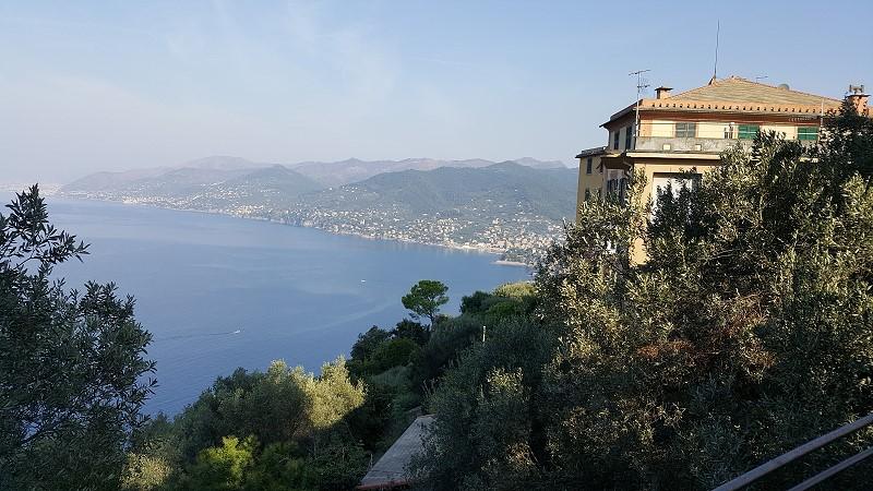 San Rocco mit Blick auf den Golfo Paradiso