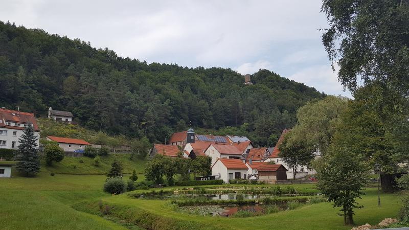 Blick auf den Ort Hirschbach, Oberpfalz
