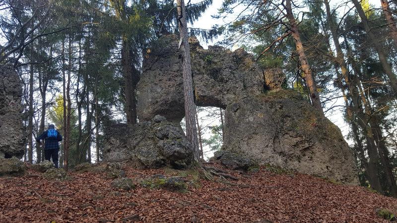Wanderung rund um Hirschbach - Mittelbergwand, Noristörl und Höhenglücksteig