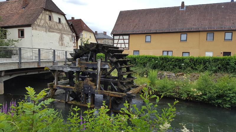Radtour Fränkische Schweiz - Ebermannstadt historisches Wasserschöpfrad