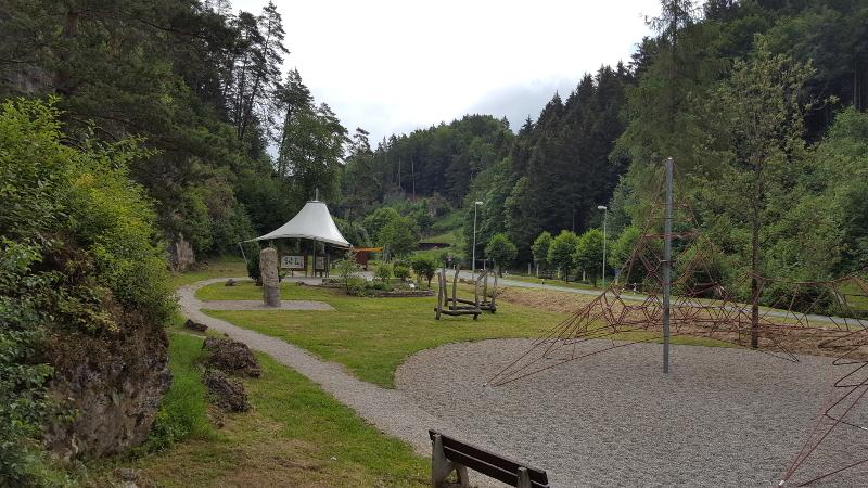 Radtour Fränkische Schweiz -Obertrubach Kletterinfozentrum