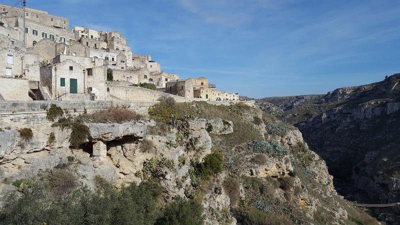 Sassi von Matera, Blick auf Schlucht