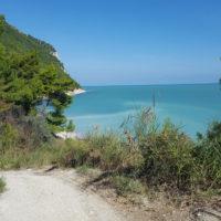 Wanderweg zum Strand von Sirolo