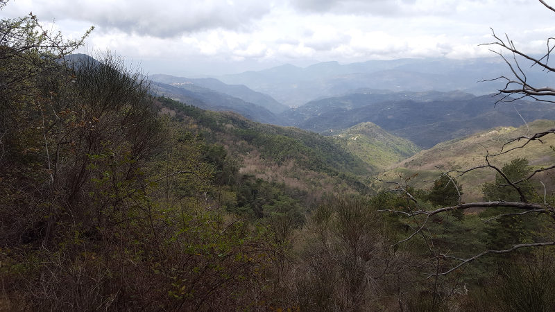 Aussicht bei Wanderweg nach Bajardo