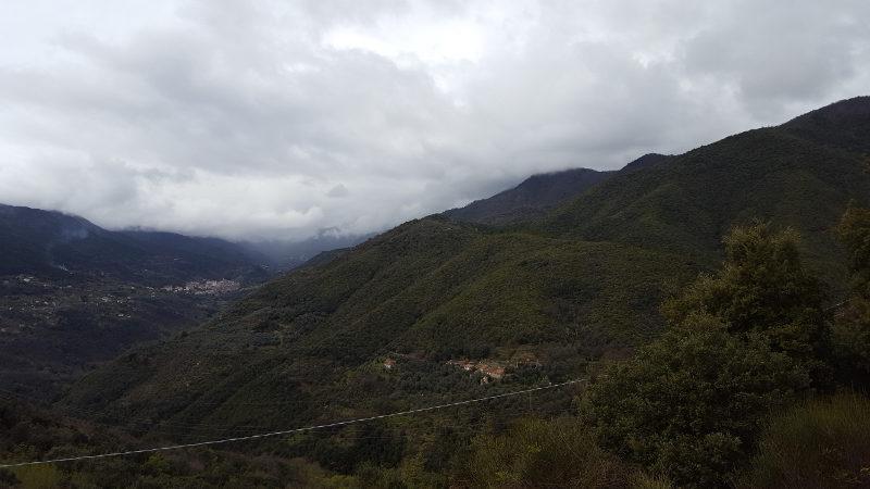 Wanderung Ceriana - Taggia, Blick auf das Armeatal