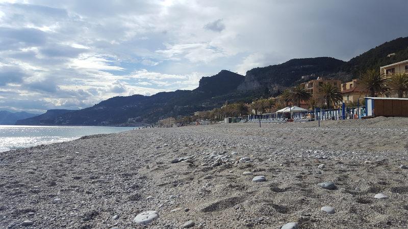Strand von Varigotti, Ligurien