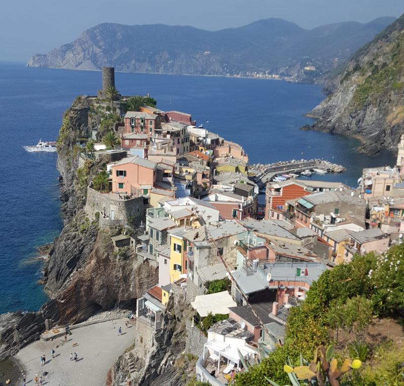 Küstenwanderung von Vernazza nach Corniglia in der Cinque Terre, Ligurien