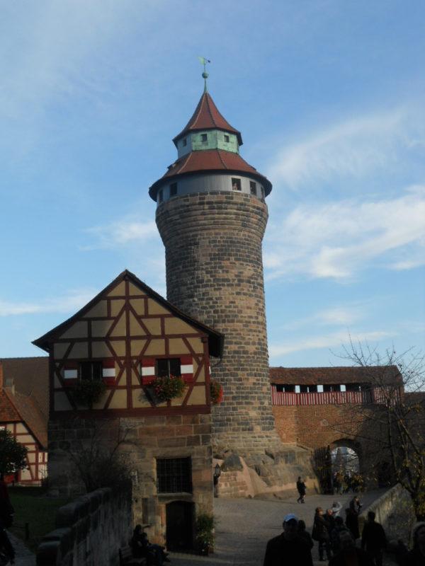 Kaiserburg Sinwellturm in Nürnberg