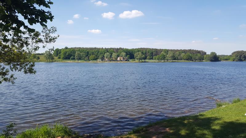 Rothsee Blick auf Freizeitanlage Birkach