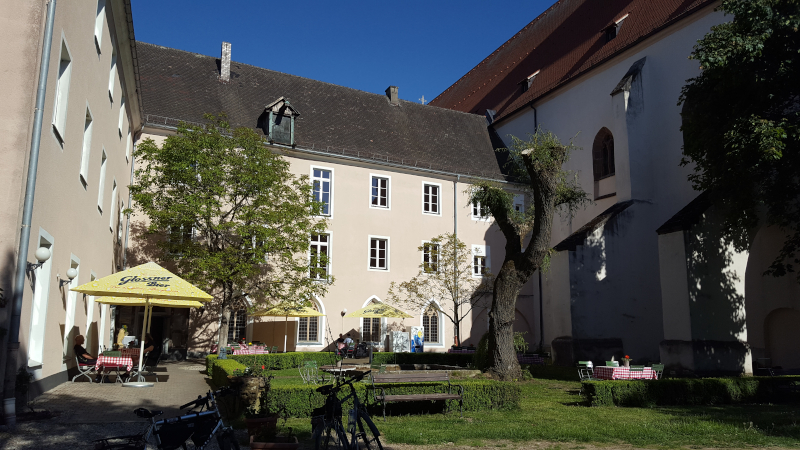 Biergarten Gasthof Kloster Seligenporten