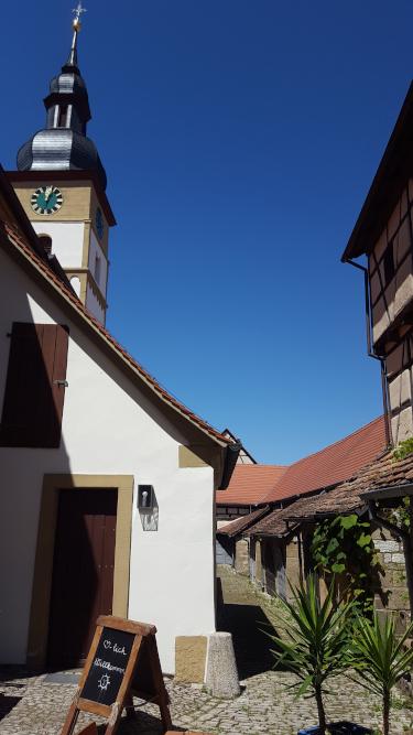 Hüttenheim Kirchenburg
